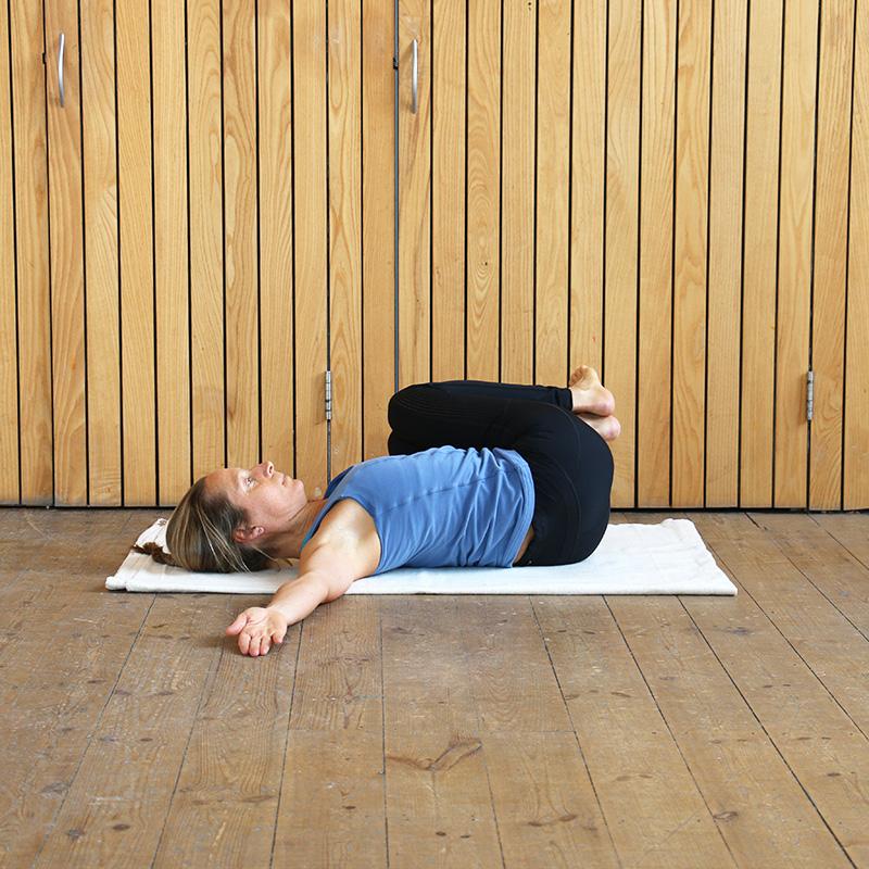 Stomach Twist Posture
